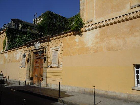 Hôtel de Chatillon: Façade de l'hôtel particulier