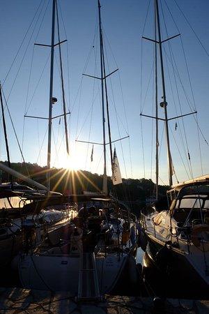 Odyseas Marina: Sunrise