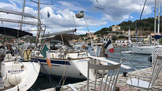 Odyseas Marina: Stern-to mooring