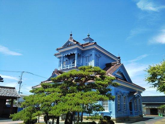 Previsouly Tsuruoka Police Station