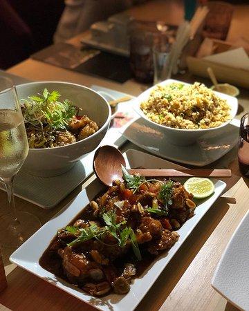 Teatro Downtown Restaurant: Black Pepper Prawn Noodles, Teatro Fried Rice and Shrimp Kung Pao