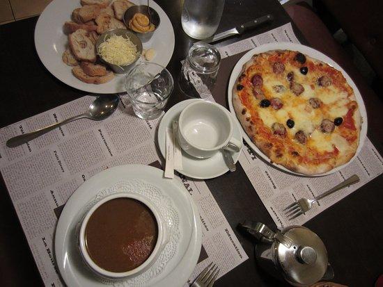 Pub Concorde: Soupe de Poissons and Pizza la Corse