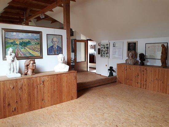Galerie Dolni Dehtov