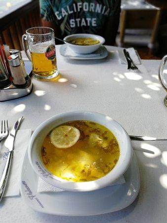 Plakamoto: Sopa de pescado sin marisco