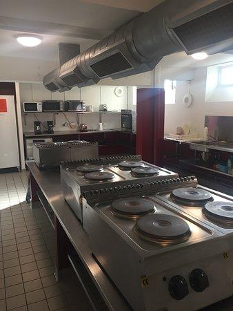 Danhostel CopenHagen Bellahoj: shared kitchen, pottable water
