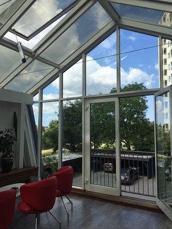 Danhostel CopenHagen Bellahoj: shared hobby room, ps, xbox, tv, lounge
