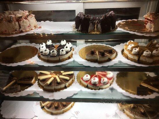 Delices: Una de las nevera de pasteles