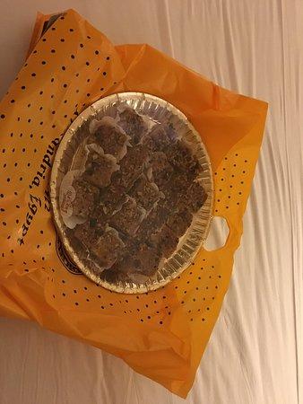 Delices: Bandeja con pastelitos