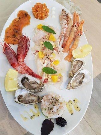 Le Tartare Cucina & Vini: Plateau di cruditè