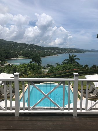 Round Hill Hotel and Villas: View from Villa 20