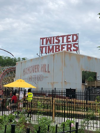 Kings Dominion: Twisted Timbers