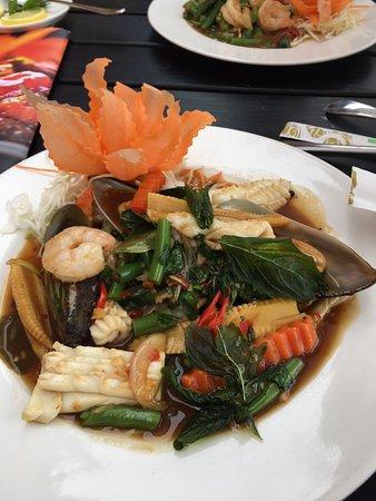 Hot Spoon: owoce morza z woka