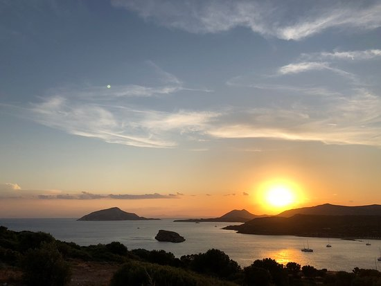 Exceptional Journey DMC: Sunset at Poseidon temple