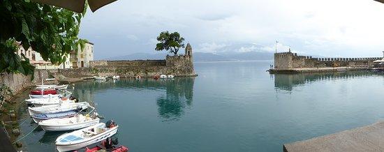 Nafpaktos Old Port: Harbour view