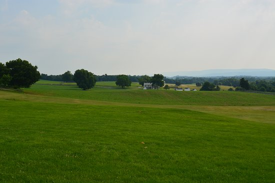 Sharpsburg, Maryland: Early morning view of the battlefield.