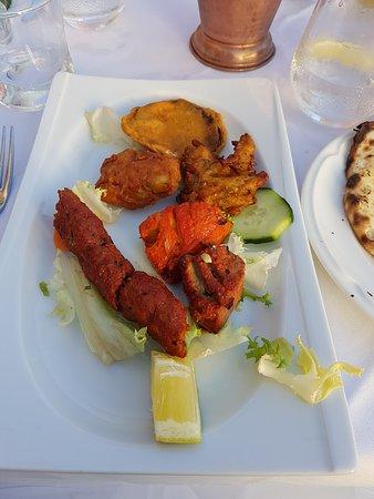 Restaurant Taj Mahal port camille rayon: Le mix d'entrées