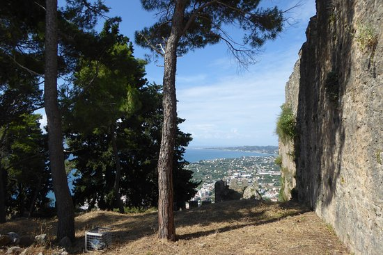 The Venetian Castle of Nafpaktos: Looking west from castle wall