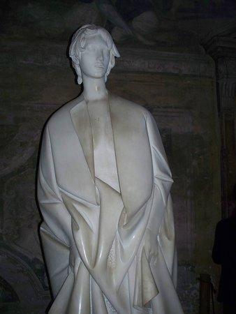 Abbazia di Chiaravalle: statua dell'Angelo