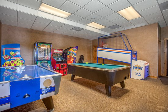 The Village At Indian Point Resort: Game Room