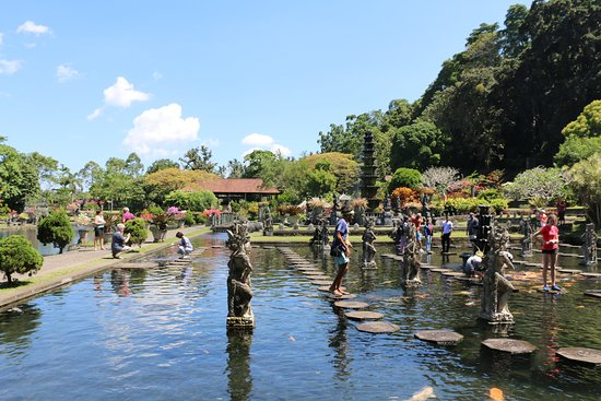 GBT Gede Bali Transport: Tirta Gangga the Water Place