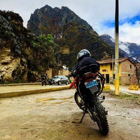 Motorcycle Tours Peru: Parked up at Ollantaytambo to view the Inca remains
