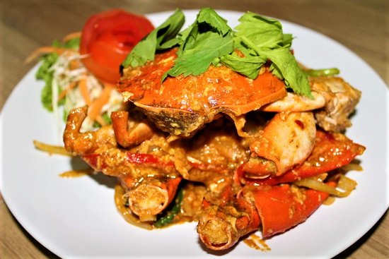 Andaman Aussie Steak and Seafood: Black Crab in curry powder sauce