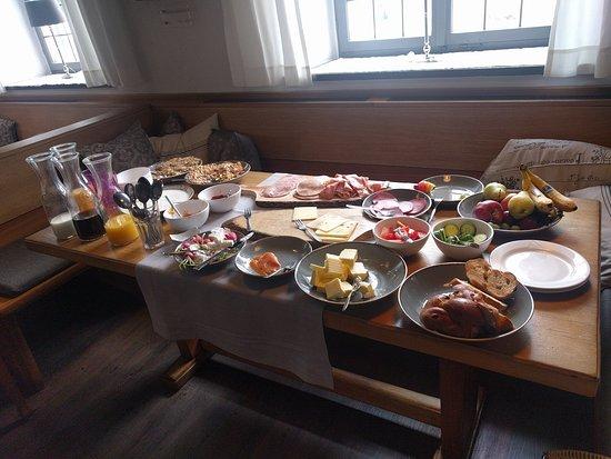 Krumbach, Alemania: Hotel Munding breakfast room