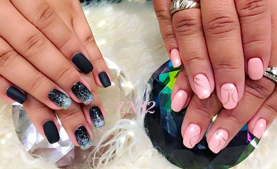 Le's Nails and Spa II: www.lesnailsandspa2.com, appointments are recommended but walk-ins are welcome, (224) 361-3567