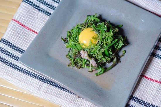 Tai Yar Grandma's: 炒過貓 - Stir-fried Vegetable Fern