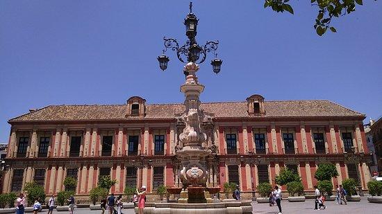 Palacio Arzobispal รูปภาพ