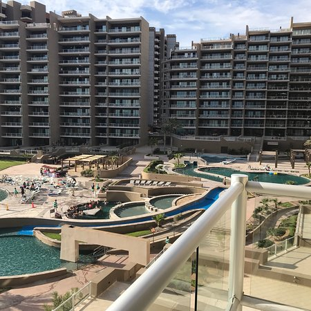 Great hotel/time share beautiful beach