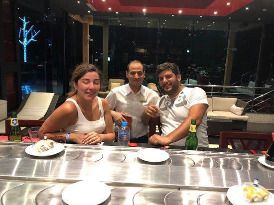 Sushi Lounge: سوشى بار
