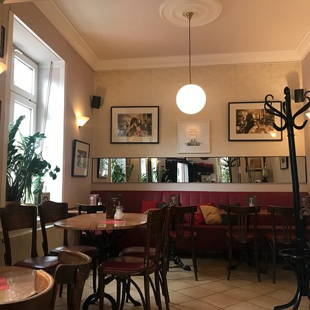 das schiffer cafe frankfurt am main restaurant bewertungen telefonnummer fotos tripadvisor. Black Bedroom Furniture Sets. Home Design Ideas