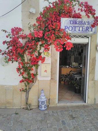 Teresa's Pottery - Casa Louart
