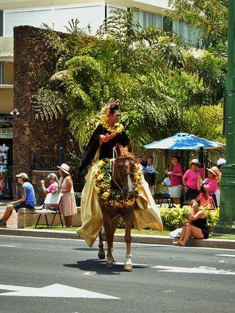 King Kamehameha Celebration Floral Parade: Princess of Oahu