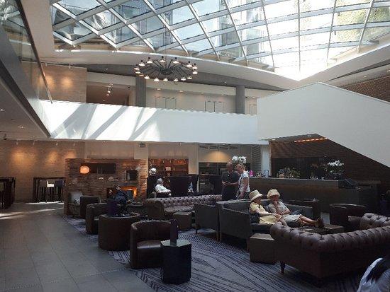 伦敦塔希尔顿逸林酒店照片
