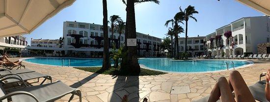 Cala Santandria, Espagne : Panorámica desde una de las piscinas