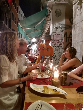 Ristorante Marco Polo: Family group