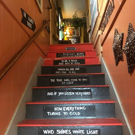 The Stairway Cafe : photo1.jpg