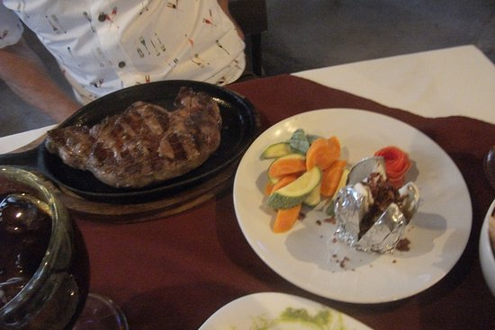 Lolita's: steak and potato