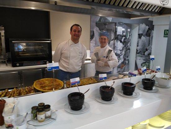 Montemar Maritim : Voici les deux chefs cuisinier au grill