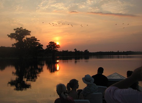 Breaux Bridge, LA: sunset tour finale