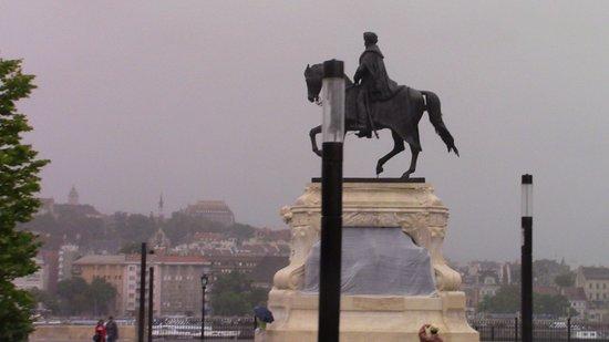 Kossuth Lajos Square照片