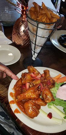 The Rusty Nail: Strawberry wings