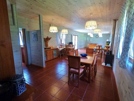 Vale Francas, Portugal: Sala comum de refeições, estar e jogos com mesa de snooker