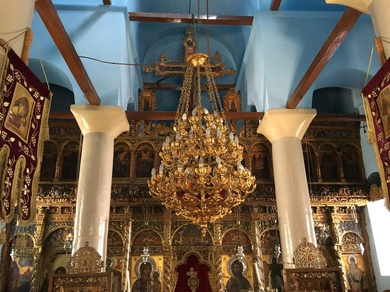 Skopelos Town, Yunanistan: Now, THAT is a chandelier