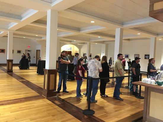 Stuart's Opera House: lobby