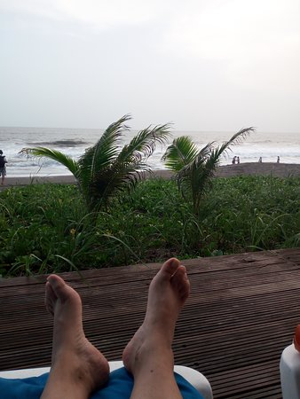 Hawaii, Guatemala: Frente a la playa