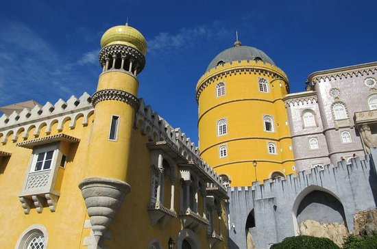 Private Full Day Tour to Sintra and...