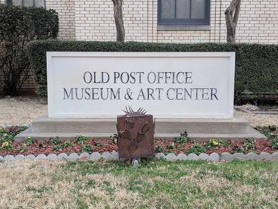 Graham, TX: Old Post Office Museum Sign